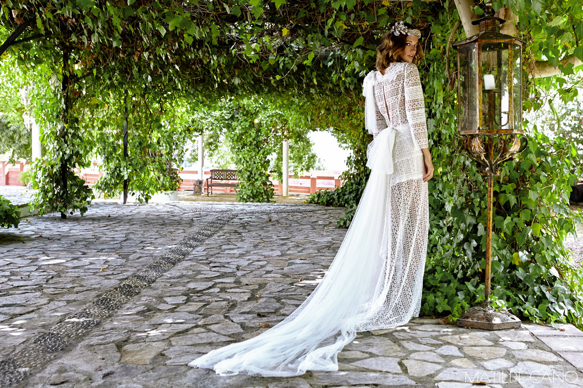 Wedding dresses. Matilde Cano