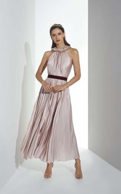fdfca75b701 Pink pleated dress with appliqué – Summer 2019